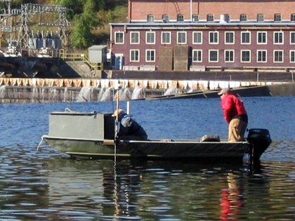 12 - 14 ft. skiffs & jonboats designed for shallow water bathymetry, geophysical surveys, sediment sampling, & water quality monitoring